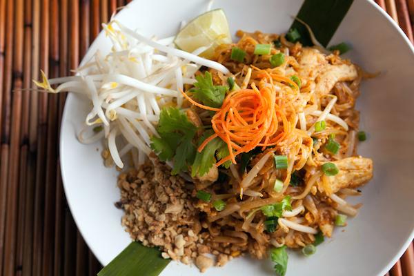 Chicken Pad Thai Top Down